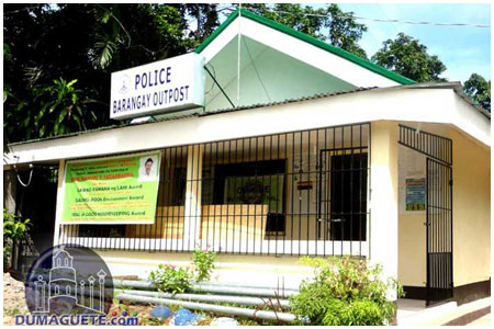 Cantil--e Barangay Hall