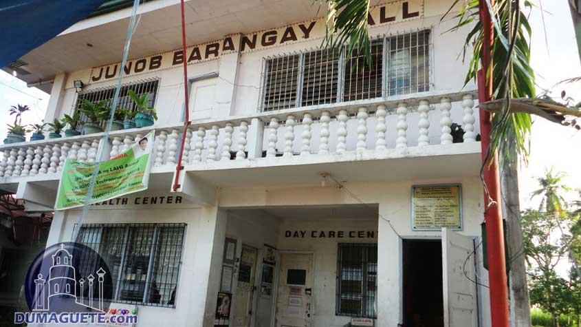 Barangay Hall in Junob