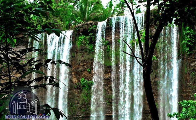 Niludhan Falls in Bayawan