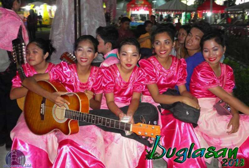 Buglasan-2012-6-533x400