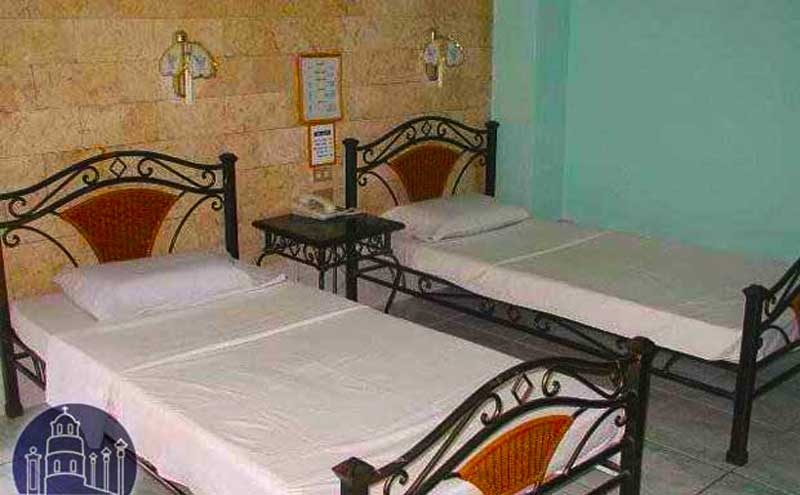 Dumaguete double room ok pensionne house