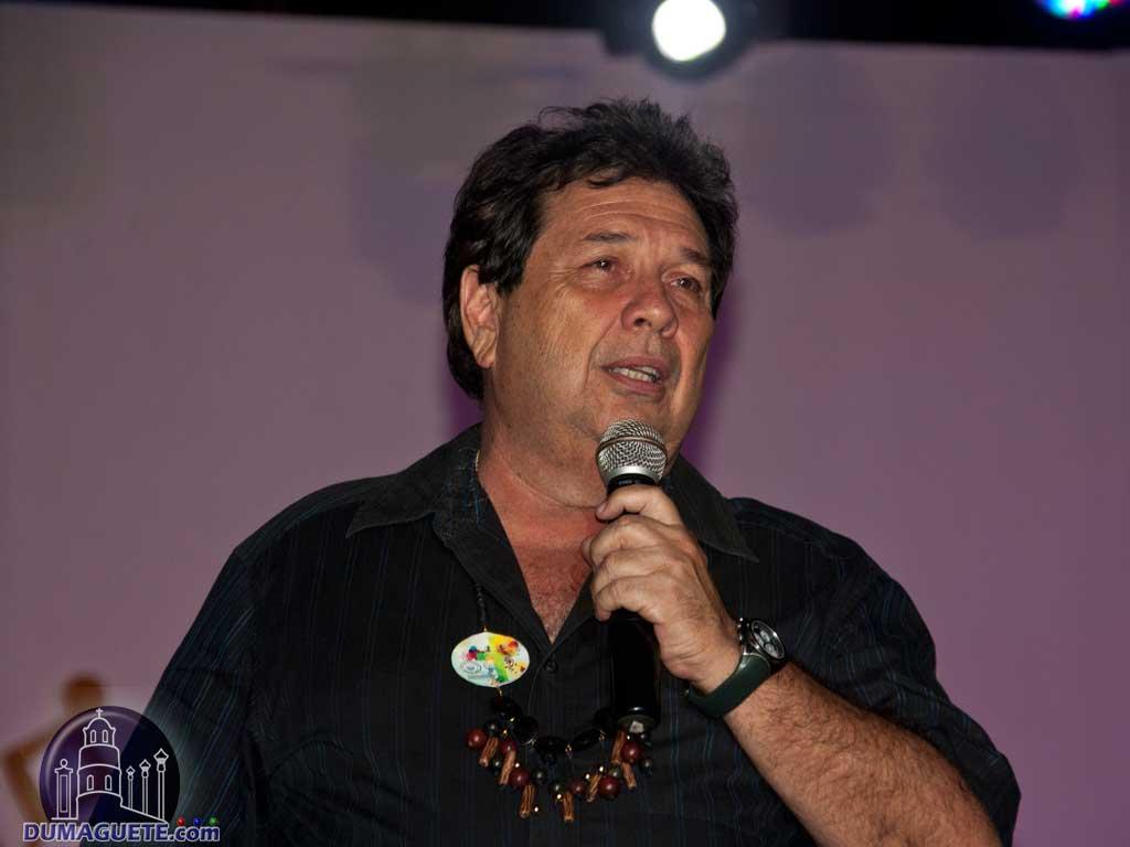 Dumaguete Mayor Manuel Chiquiting Sagarbarria declares the Dumaguete Fiesta 2013 opened