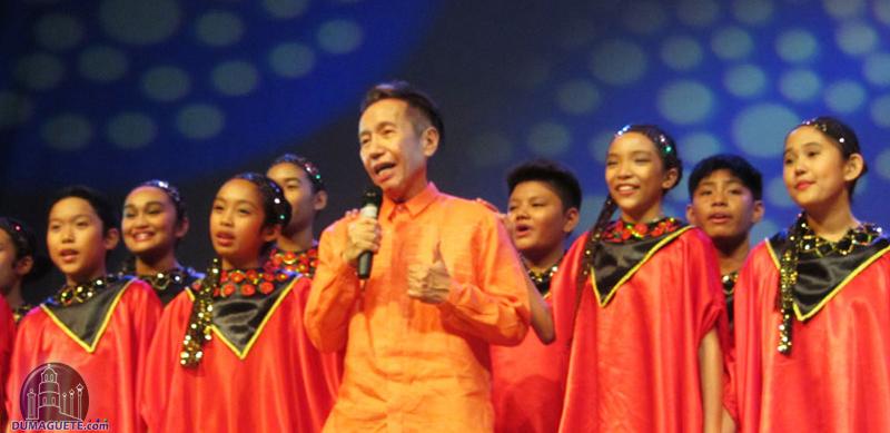 Dr.Rico Absin and Mandaue Children's Choir