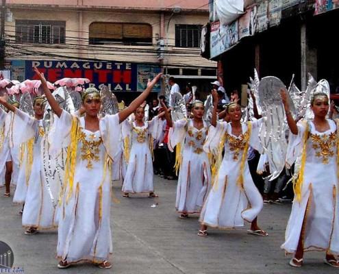 Kabulakan-parade dumaguete