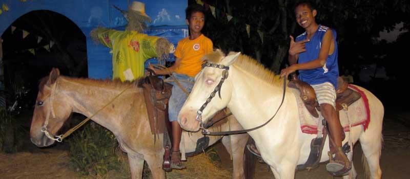 Riding horse at bayawan city