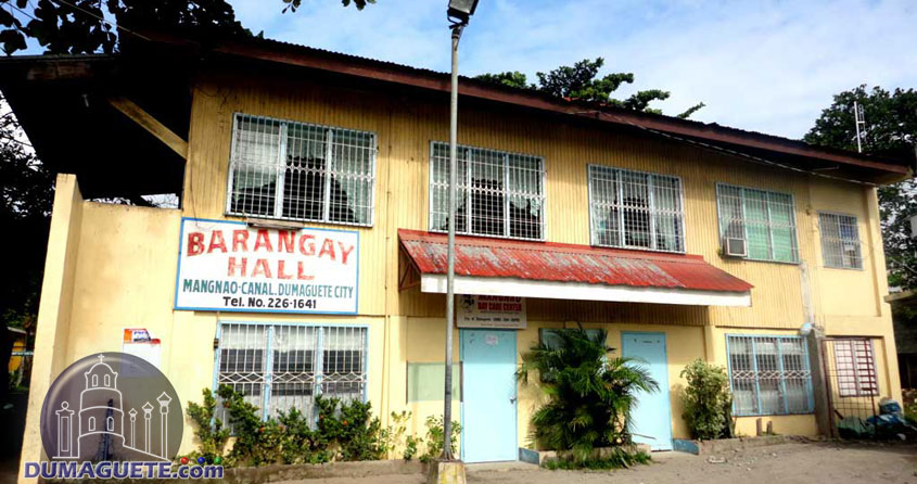 Barangay Hall in Mangnao Canal