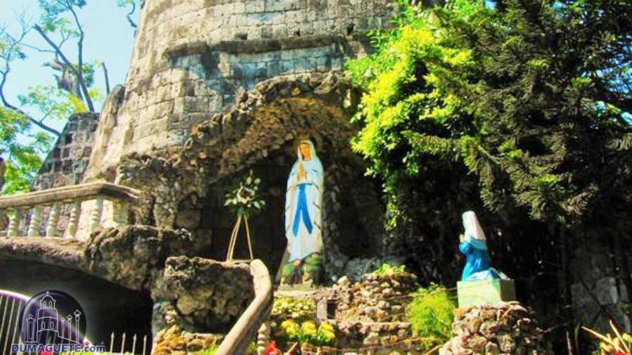Dumaguete belfry and Mama mary
