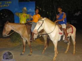 Horseback-riding-in-Bayawan
