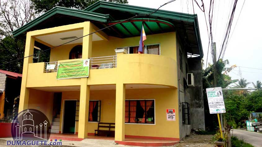 Barangay Hall in Motong
