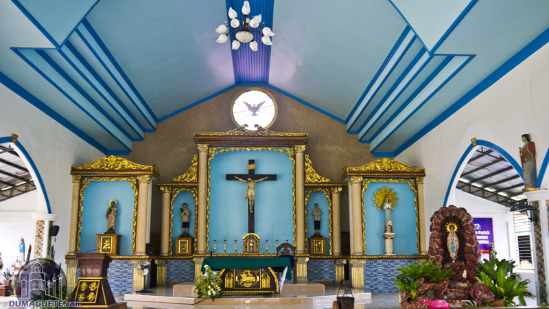 Pamplona - Our lady of Pilar Parish Church Altar