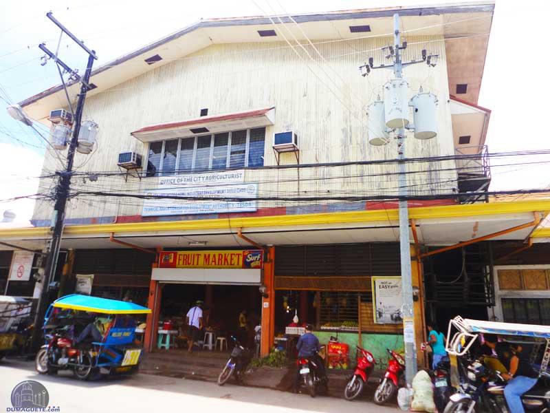 Public-Market--Fruit-market