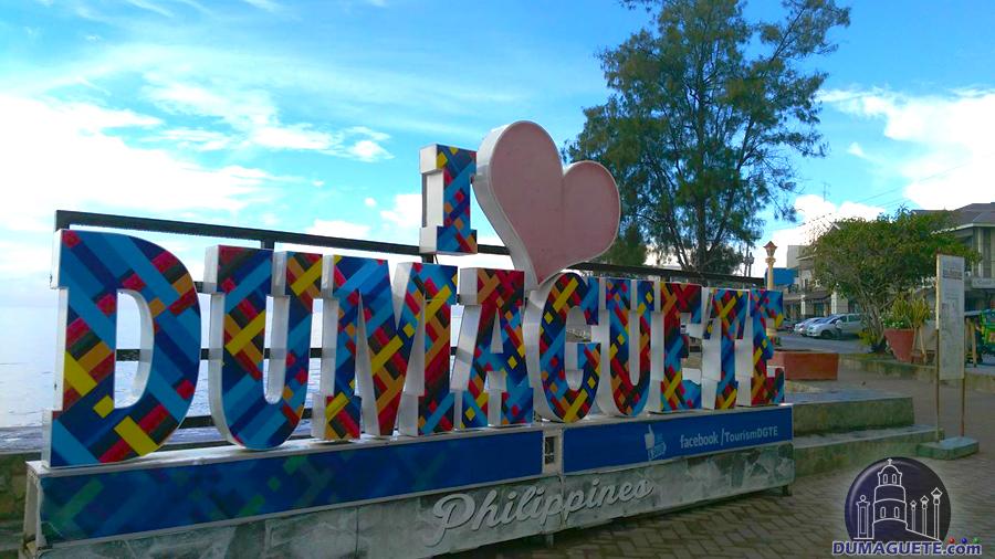Rizal Boulevard Dumaguete