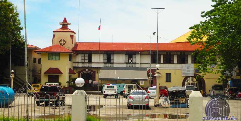 Santa Catalina St Dumaguete City Hall