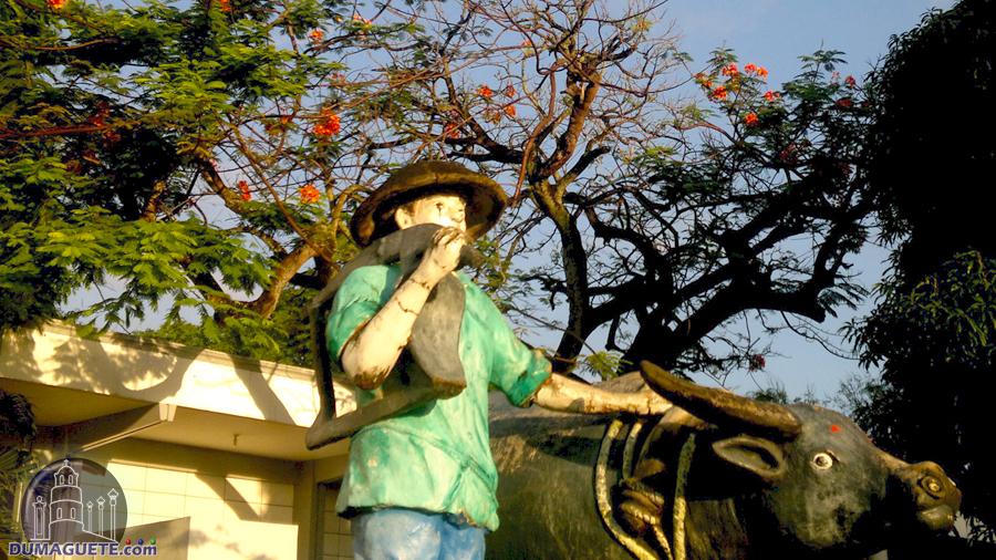 Dumaguete Freedom Park Farmer and carabao statue