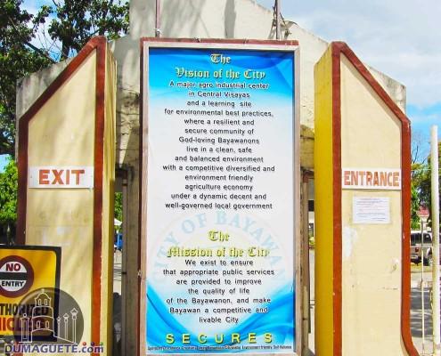 Bayawan City Hal Entrance