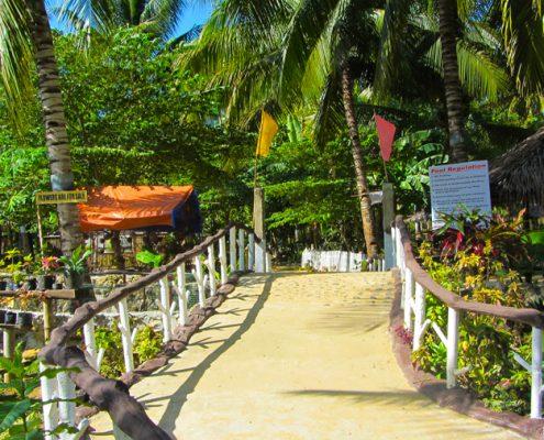 Bayawan City edens spring entarnce to the swimming pool