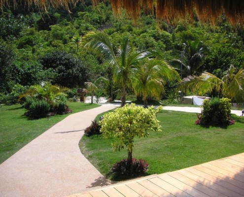 Landscaping at Infinity Heights Resort