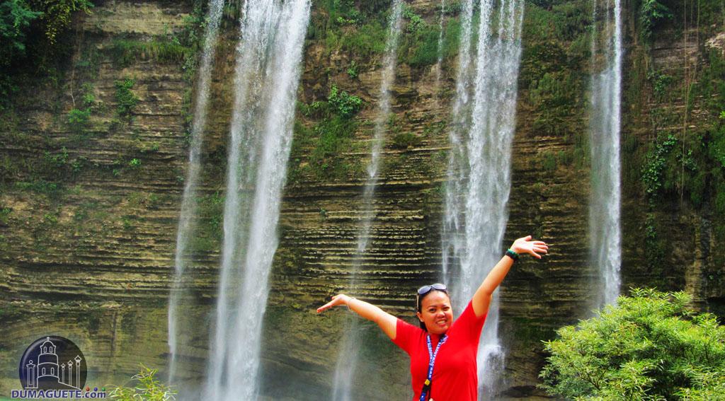 Rechel in Niludhan Falls