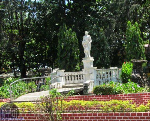 Amlan Park Rizal Park