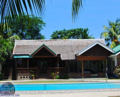 Escosas Bar & Resort -Swimming Pool & Bar