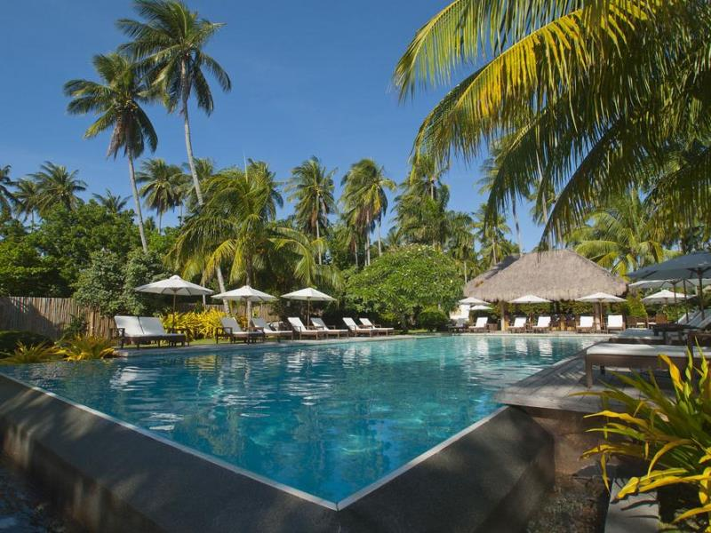 Dumaguete beach resorts Dumaguete hotels with swimming pool