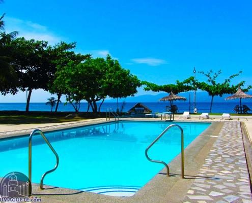Escosas Bar & Resort -Swimming Pool