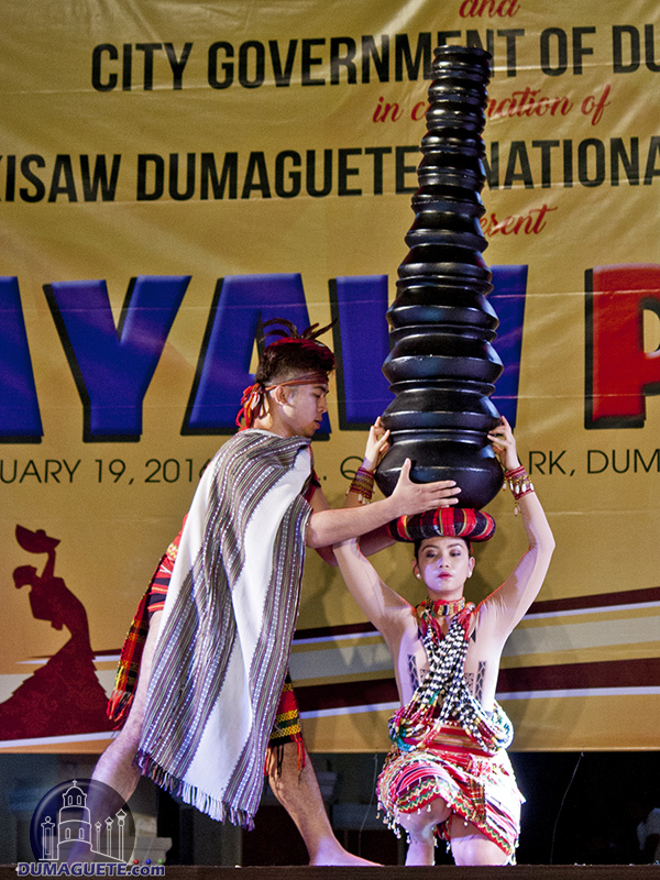 sayaw pinoy 2012 a touring dance City of malolos- in line with the celebration of the 22 nd national arts month, the provincial government of bulacan through the provincial youth, sports, employment, arts, culture and tourism office (pyseacto) will hold a touring dance concert dubbed as sayaw pinoy @ bulacan 2013 on february 1.