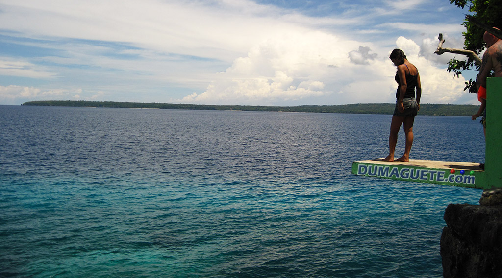 Cliff Diving in Salagdoong Beach Siquijor