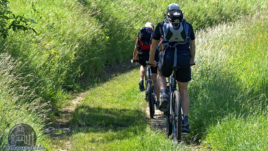Siquijor Mountain Bike Tour in Siquijor