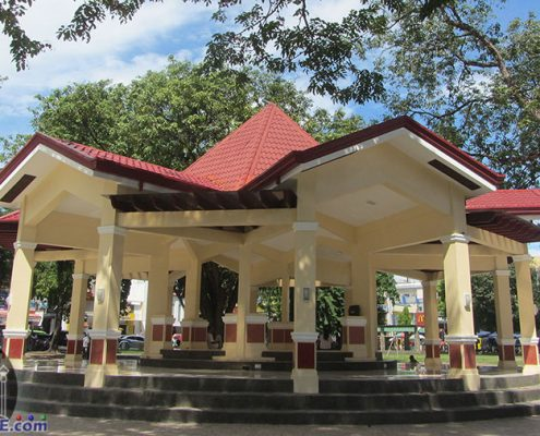 Plaza-Dumaguete-Quezon-Park