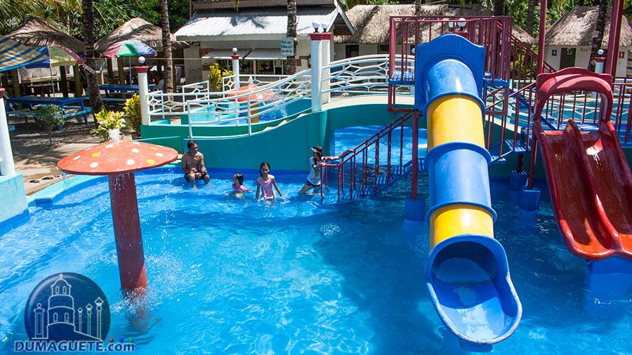 Aqua Fun Resort in Bayawan City - Water Park