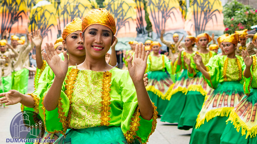 Hudyaka Festival 2018 in Bais City - Tapasayaw Festival 2018 - Street Dancing