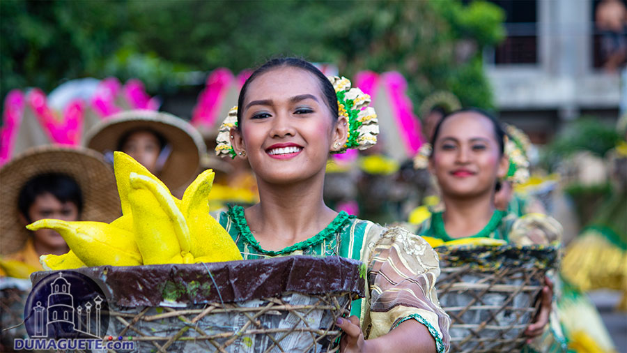 Manjuyod-Mantuod-Festival-2018-Street-Dancing-16