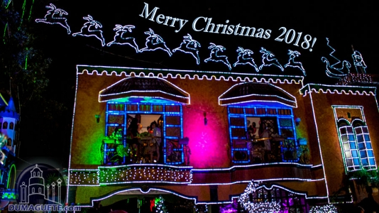 Dr. Absin's Christmas House in Dumaguete City – Video