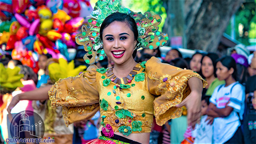 Manjuyod - Mantuod Festival 2019 - Street Dancing